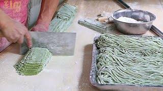 Xian Street Food - Making Chinese Spinach Noodles
