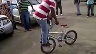 Cycle se aaya sanam