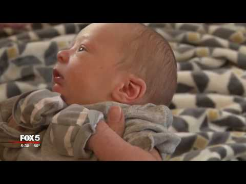 Surprise birth: Kidney stone? Nope, it's a baby
