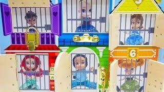 Disney Princesses In Jail Prank Frozen Aladdin Jasmine Tinkerbell Rescue