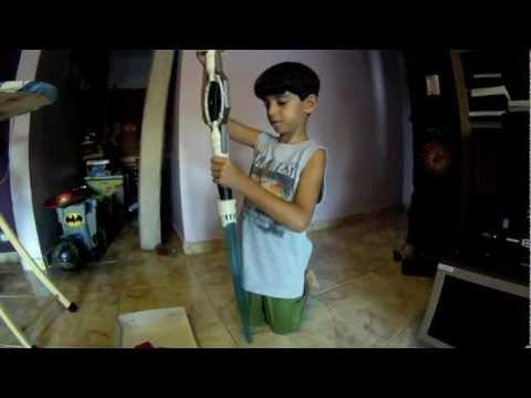Daniel faz unboxing das espadas do Star Wars