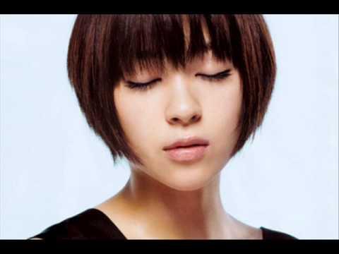 宇多田ヒカル 母藤圭子自殺後初ラジオ 「死にたい」と思ったことをほのめかす