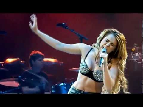 watch Miley Cyrus - Party In The USA - Live at Gypsy Heart Tour