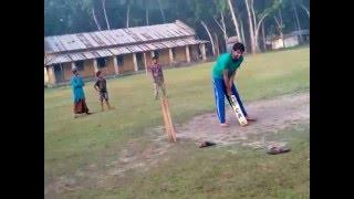 মোস্তাফিজের প্রথম ক্রিকেট খেলা........