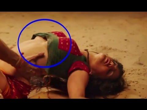Ek Paheli Leela -  Sunny Leone Hot Underboobs