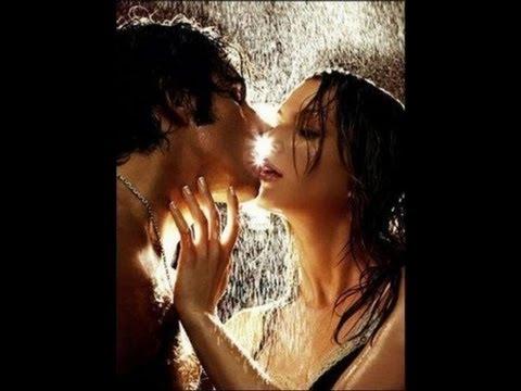 Xxx Mp4 Sexy Romantic Kissing Couples In The Rain 3gp Sex