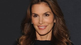 Cindy Crawford's Leaked Photos Deliver Powerful Message