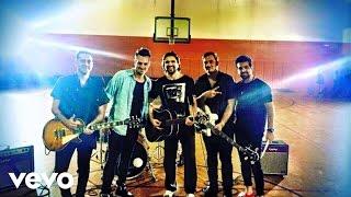 Tan Bionica - Un Poco Perdido ft. Juanes