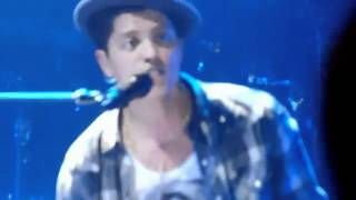 Bruno Mars - Sky Full Of Lighters - Live Performance