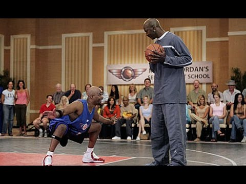 Michael Jordan (Age 41) Vs. Damon Wayans Sr. (Age 44) One On One (September 21, 2004)