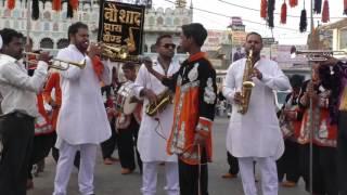 Chittiyaan Kalaiyaan instrumental By naushad brass band sagar (M.P)