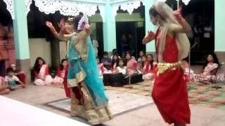 Hindi song... Classic dance....