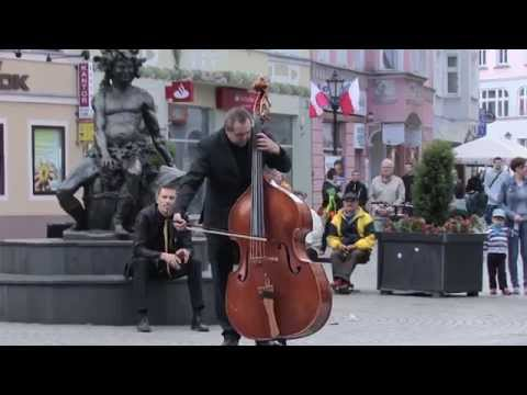 Edvard Grieg Flash Mob Peer Gynt Bachus Classic Orchestra Beethoven Symphony 9 Ode to joy
