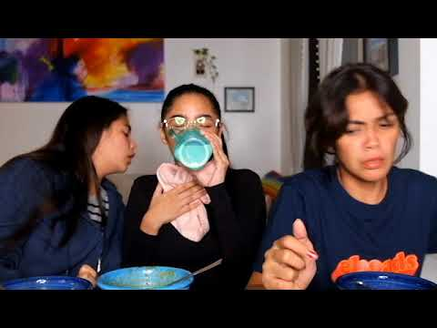 Samyang Spicy Noodle Challenge w/ Family! (SUPER SPICY!)