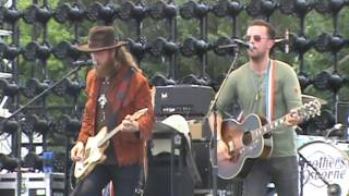 Brothers Osborne -  Stay A Little Longer @ Country USA 2016