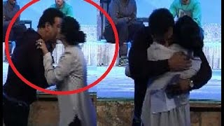 Ronit Roy & Ekta Kapoor Caught Kissing Each Other At 'Television Style Awards'