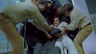 Salman Khan gets violent with Om Puri