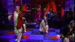 NSYNC - Tearin' Up My Heart LIVE