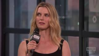"Betty Gilpin Talks About ""Glow"""