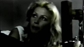 FILME    -    Traídas    Pelo      Desejo     1976