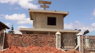 Dkt Mwandulami : Mtu anayejijengea kaburi  la kifahari Njombe Tanzania