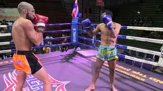 Dario (Sinbi Muay Thai) from Uruguay, fights at Rawai Boxing Stadium