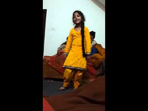 Cute girl dance punjabi song