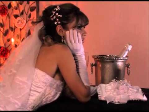 Halle Ribeiro Ensaio Sensual Club Noiva