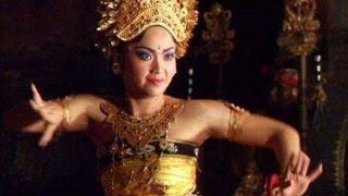 Traditional Balinese Legong Dance, Ubud, Bali | Travel Video
