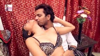 Sexy Malkin Ki Niyat Huwi Kharab Ghar Ke Naukar Par - Hindi Hot Short Movie 2016