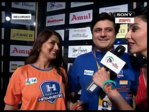 Sonali Bendre & Goldie Behl Co-founder of Haryana Hammers at PWL Final 2017