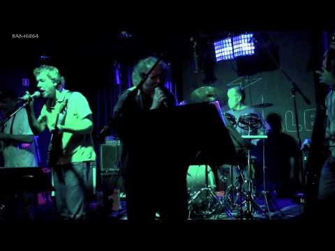 STUDIO TAN (feat.Frank Fish) - I'M THE SLIME (Zappa) @ MUZIKANTENCAFE 10-10-2013 POPCENTRALE