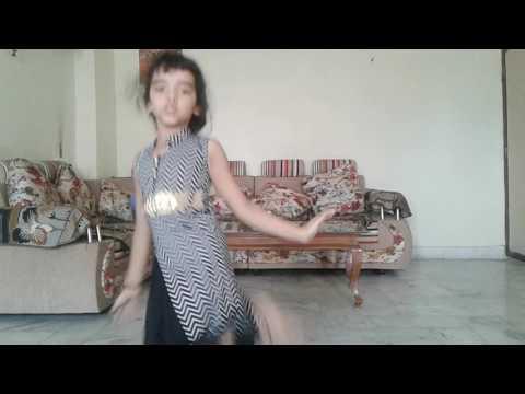Xxx Mp4 Choti Bachi Ne Kiya Dhakad Dance 3gp Sex