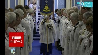 The secret world of female Freemasons - BBC News