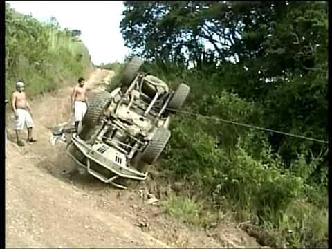 Rusticos 4x4 Toyota Samurai volteado rescate vehiculo G.Sabana no Playa paraiso y cinaruco no