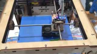 3D printer making keys at the BouwBeurs Utrecht (nl)