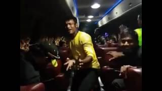 Rajshai kings on the bus(2)