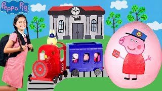 Peppa Pig - The Train Ride! Miss Rabbit Train & Carriage -Peppa Pig English Episodes -Peppa Pig Toys