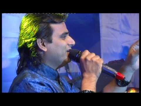 Nanu Gurjar performing song