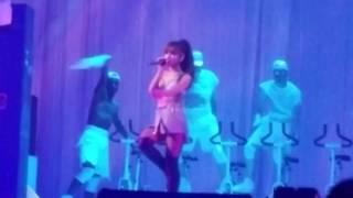 Ariana Grande - Side to Side - Dangerous Woman Tour 2017 HD - Live at The Dangerous Woman Tour