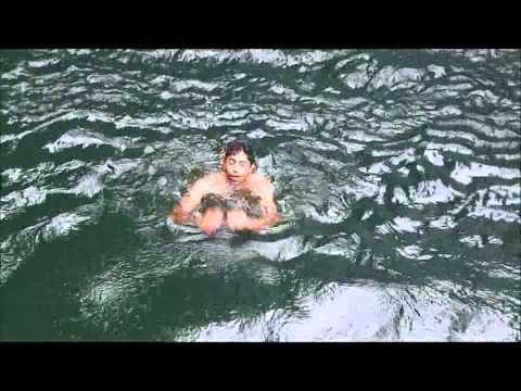 Eu pulando na Cachoeira da Lagoa Azul. By Ricardo