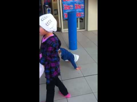 Xxx Mp4 Kids Dancing Infront Of Electrical Store 3gp Sex
