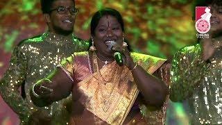Tamil Folk Song by Chinnaponnu | Vikatan Nambikkai Awards