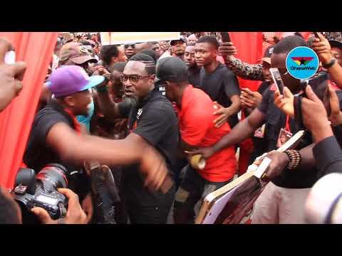 Xxx Mp4 Crowd Mobs Countryman Songo At Ebony S One Week Memorial 3gp Sex