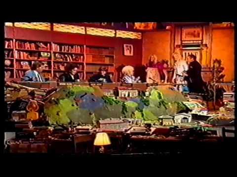Juke Box Jury - Tony Wilson  Shaun Ryder (BBC2 1990)