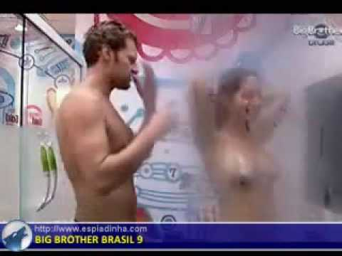 BBB 9 Fran e Flavio tomam banho