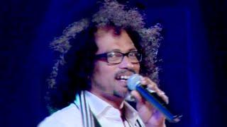 കണ്ടു രണ്ടു കണ്ണ് കതവിൻ മറവിലു.. | Super Hit Song Sing By Shahabaz Aman | Malayalam Film Awards 2015