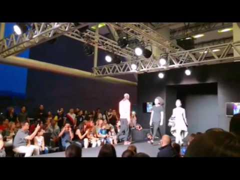 Pasarela Arturo Tejada junto a Models H Experience