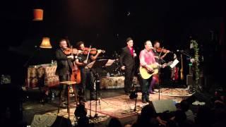 Oldelaf chante Bérénice avec les Illico @ la cigale
