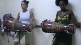 Obini Bata - clip 1  - 16 dec 2010